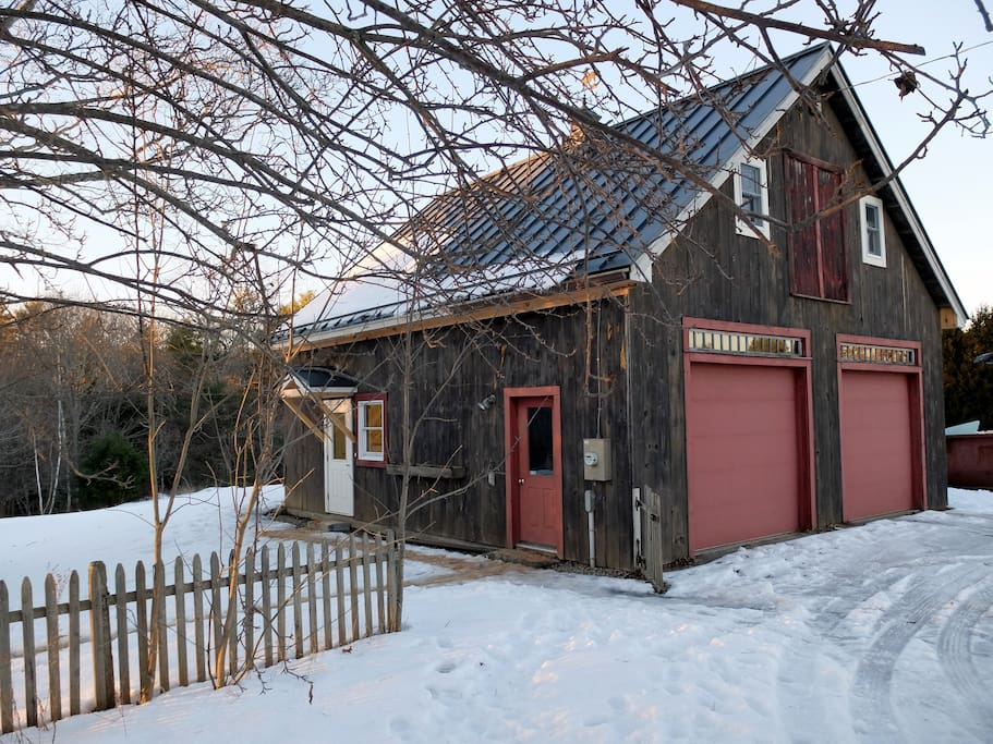 The Crow's Nest is the entire second floor of the barn at Marjorie Farm, with its own private entrance through the workshop at the back.