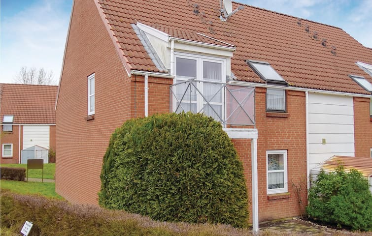 Holiday apartment with 2 bedrooms on 46m² in Insel Poel OT Kirchdor