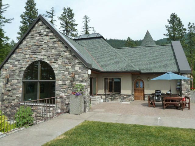 Enjoying Montana at Flathead Lake - Bigfork - House