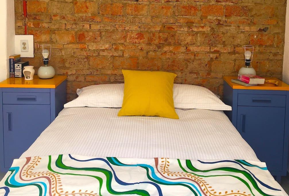 warm nest for two in casa canario hostels louer guadalajara jalisco mexique. Black Bedroom Furniture Sets. Home Design Ideas