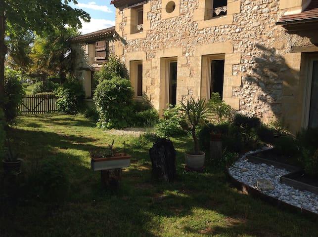 Bergerac / Périgord/ Location /vacance en campagne