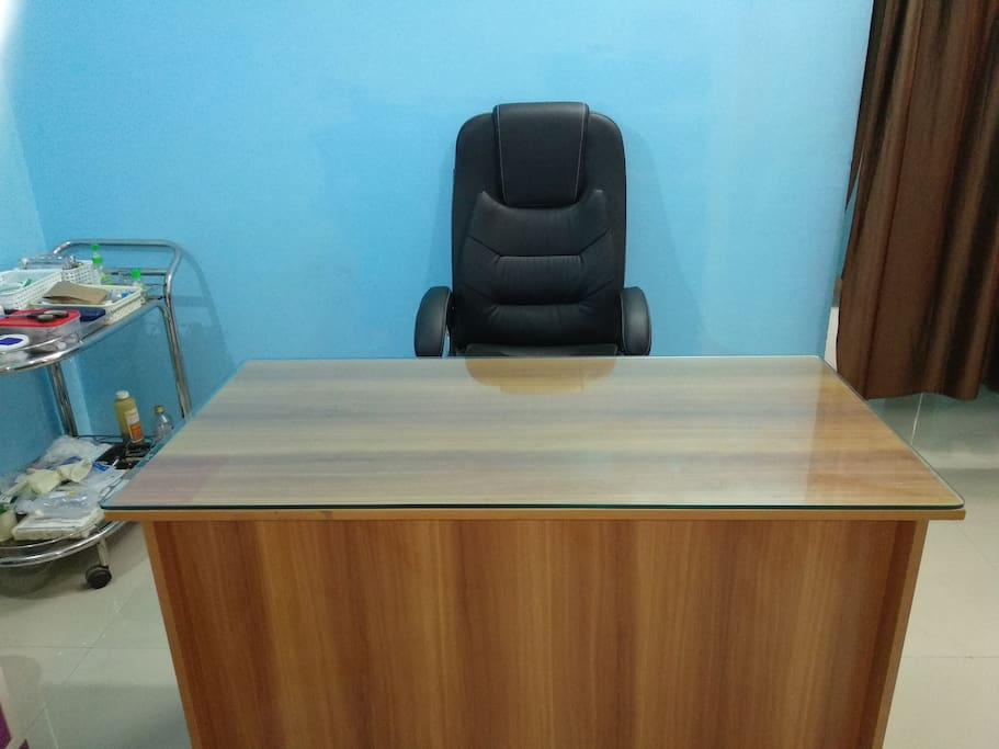 Working Table for Lap Top