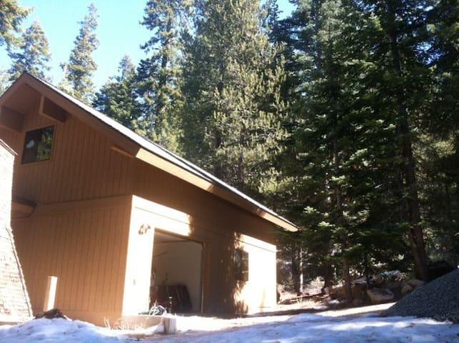 Ponderosa Aspen Ark in Sequoia NF