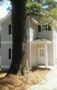 Forest Chalets close to  Downtown - Milledgeville