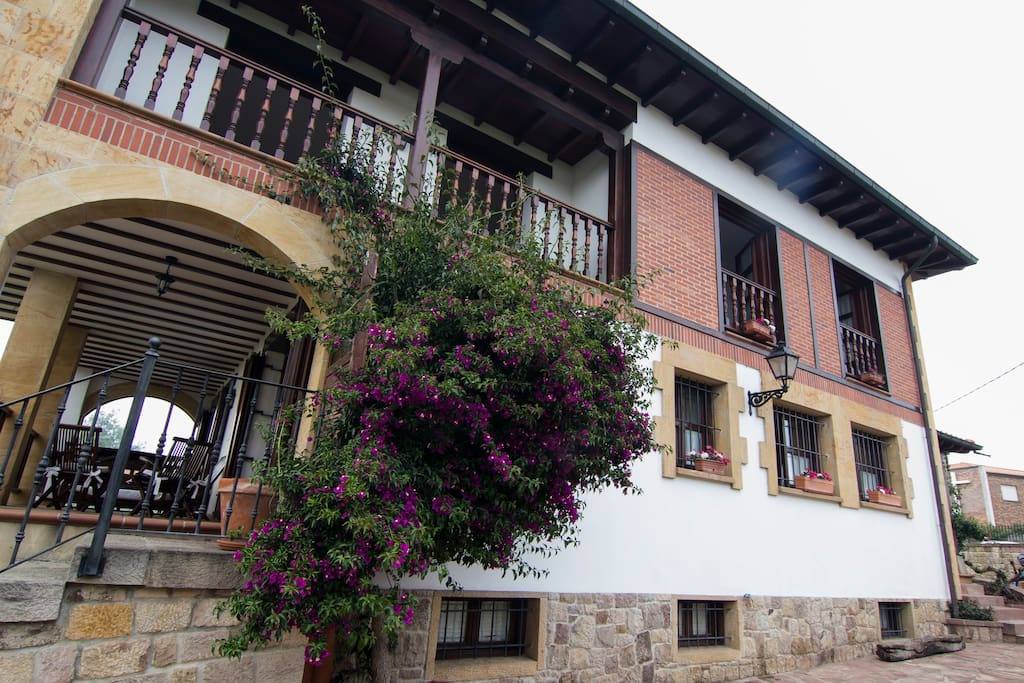 Estupenda Casa Con Jard N Cercana A Playas Wifi Chalets
