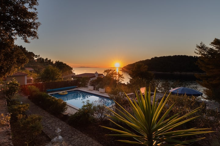 Villa Goga 1 - 30m from the sea!