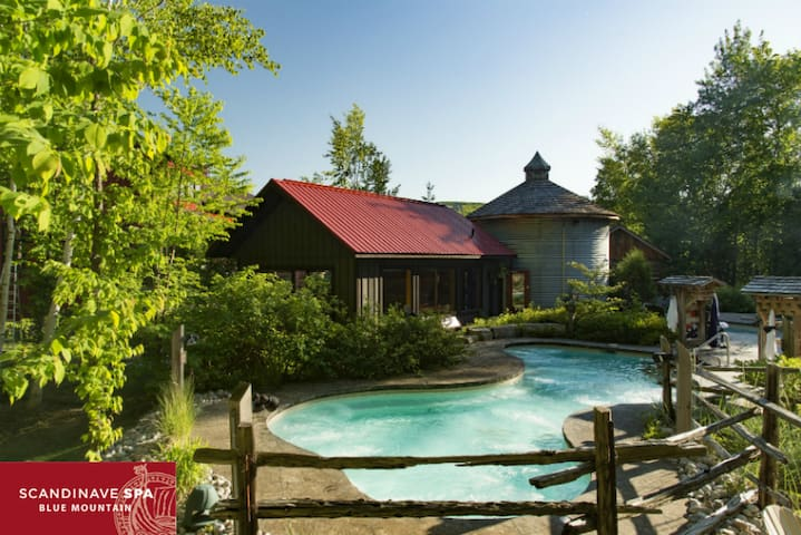 Danby House Spa Getaway Canada Room