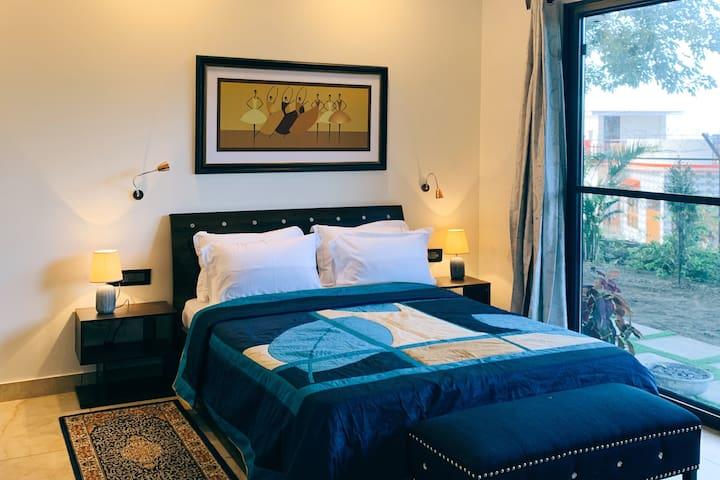 DragonflyCobalt-Luxury stay in Mussoorie foothills