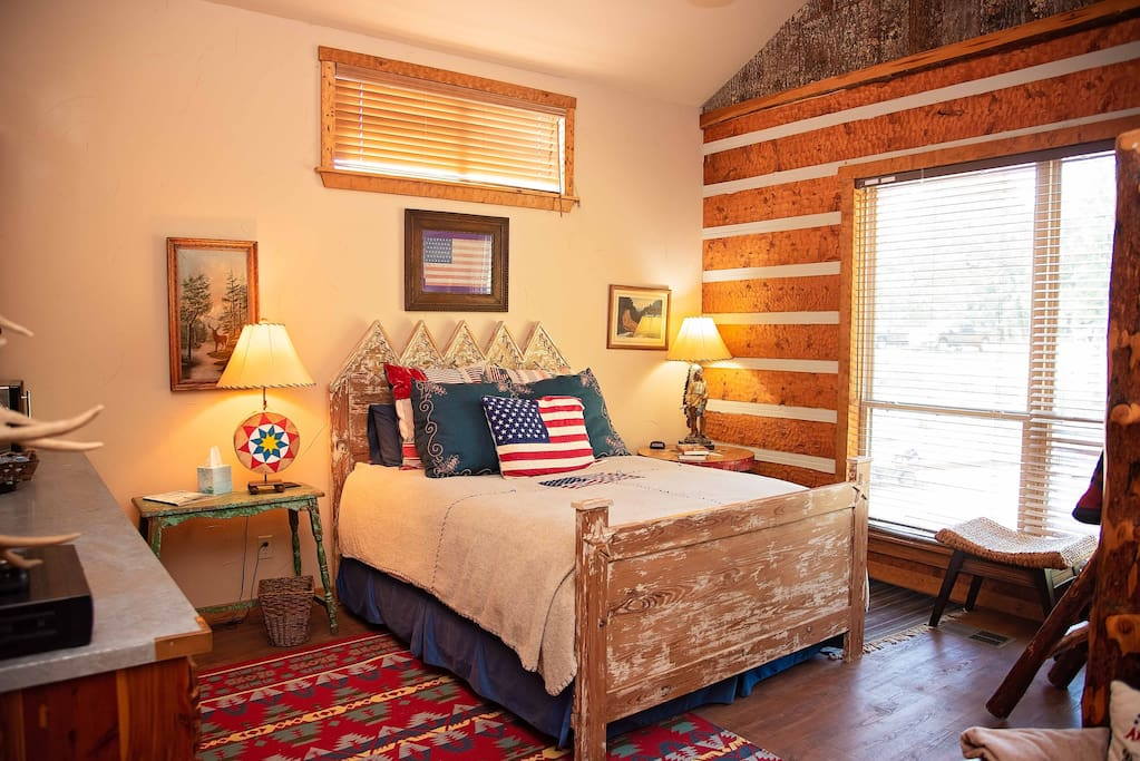 The Ranch at Pine Mountain:  The Lodge, Americana Suite