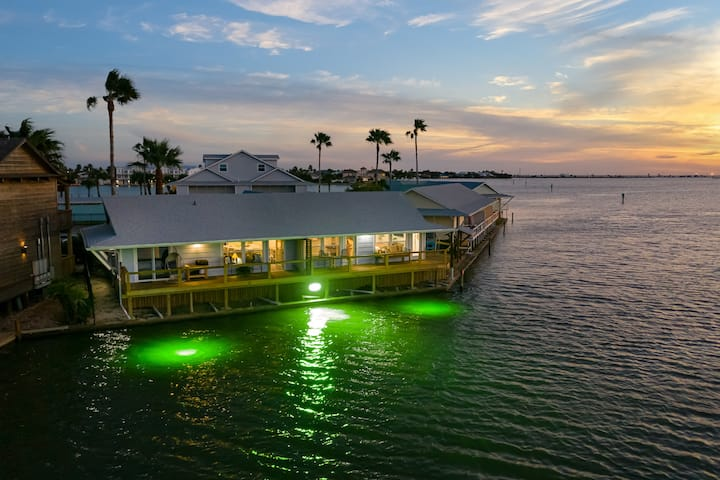 Reel Paradise on Key Allegro, Stunning Water Front