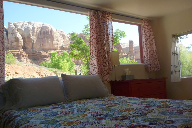 Bedroom #1 Queen bed with red rock view.