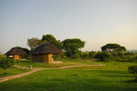 With river views, Bwana Tembo Safari Camp is set