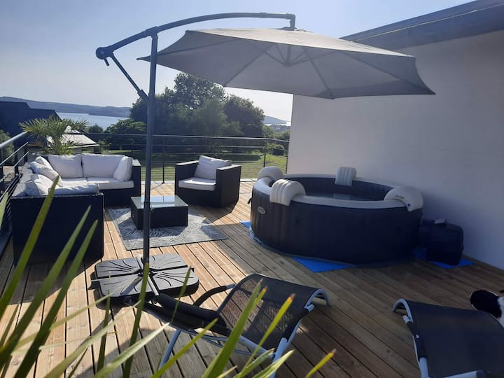 3 chambres PDJ étage privé terrasse vue mer SPA.