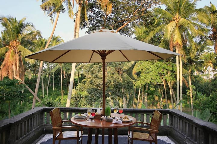 """75% OFF""  Casa Priya Ubud with Jungle view"