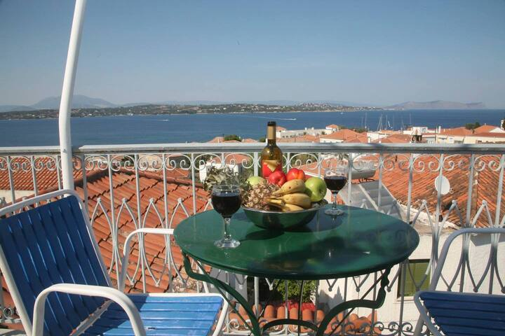 Timeless Spetses / Groups up to 12 ppl