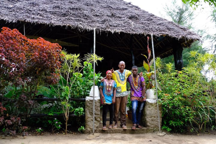 Pemba Moonlight Guesthouse Bungalow 1