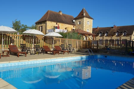 4 Gites with pool in the Dordogne - Saint-Aubin-de-Nabirat