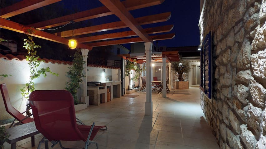 Villa Lantina / Junior Suite