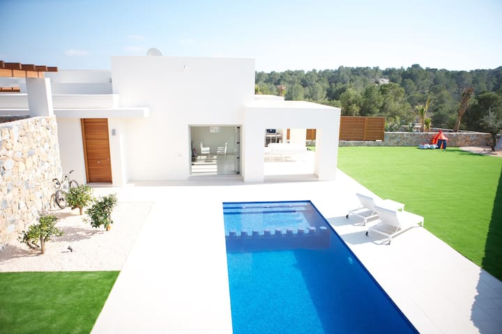 House at golf resort: swimming pool, sauna