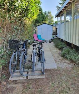 Mobil-home 3 chambres clim 4 vélos tout confort