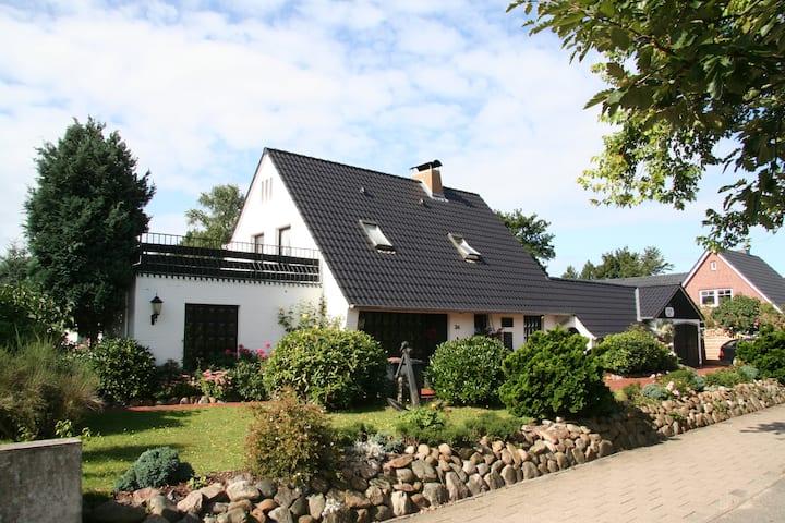 Gästehaus Gorch-Fock - Gartenblick