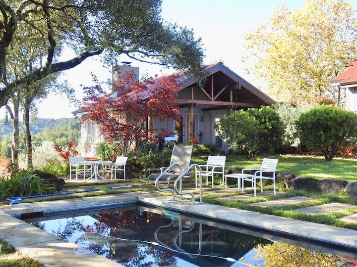 Dog Friendly Healdsburg / Dry Creek Valley Cottage