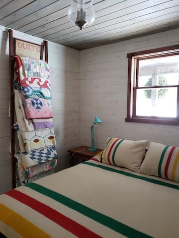 No shortage of quilts for coziness.