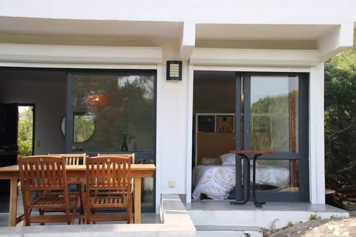 Mini villa climatisée 180m plage, vue mer 4/6pers