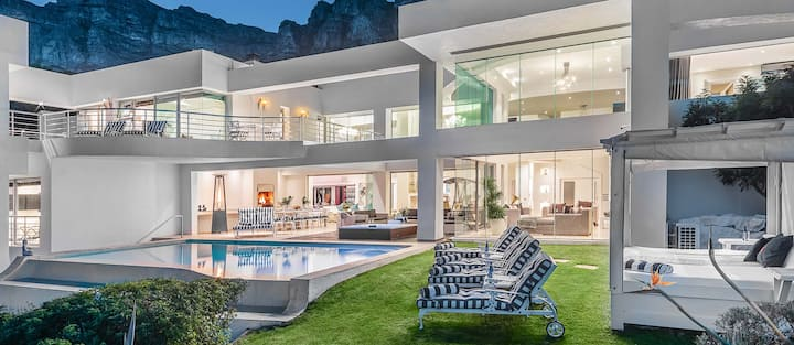 Hollywood Mansion