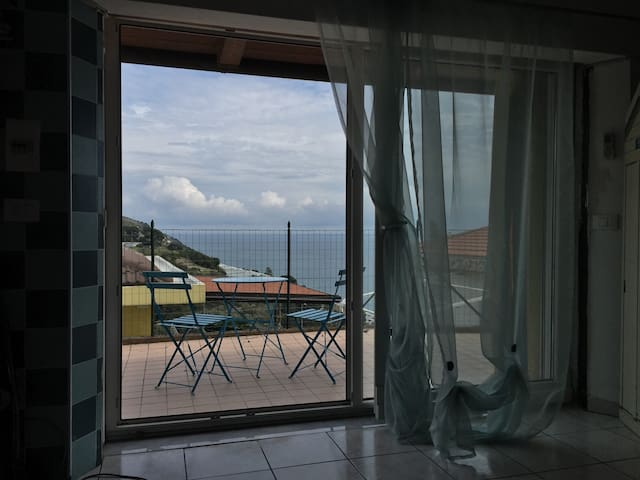 Monolocale vista mare - San Lorenzo al Mare - Rumah