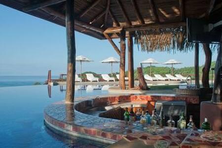 BREATHTAKING Private villa 5* Hotel Punta Islita