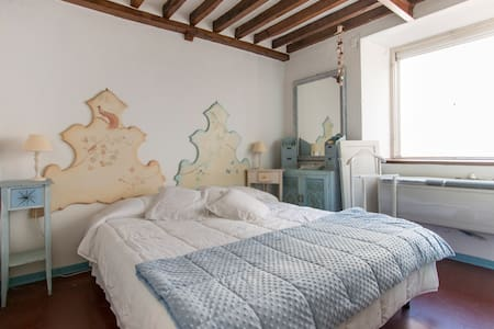PETALODORO apartment in DUOMO Square - Pietrasanta - Apartament