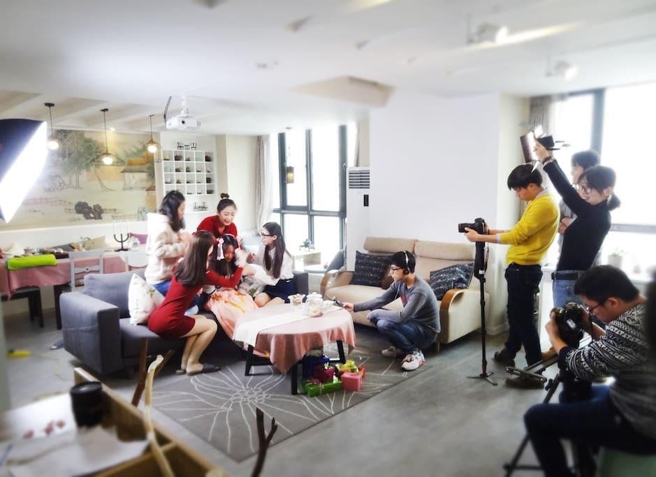 文艺青年拍微电影