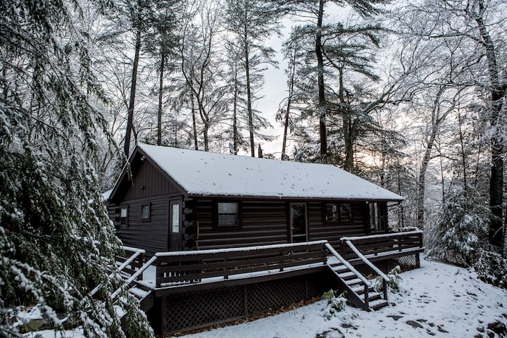 The Lumberland Cabin - Barryville - Stuga
