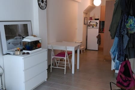 T1 cosy centre-ville/port/plage - Apartamento