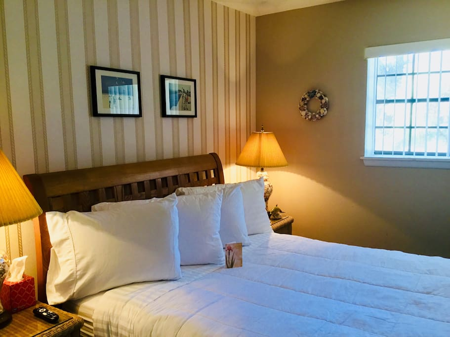 Your guest bedroom with queen size bed