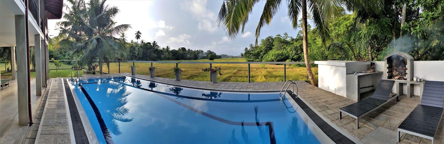 Villa Kurundu (I)