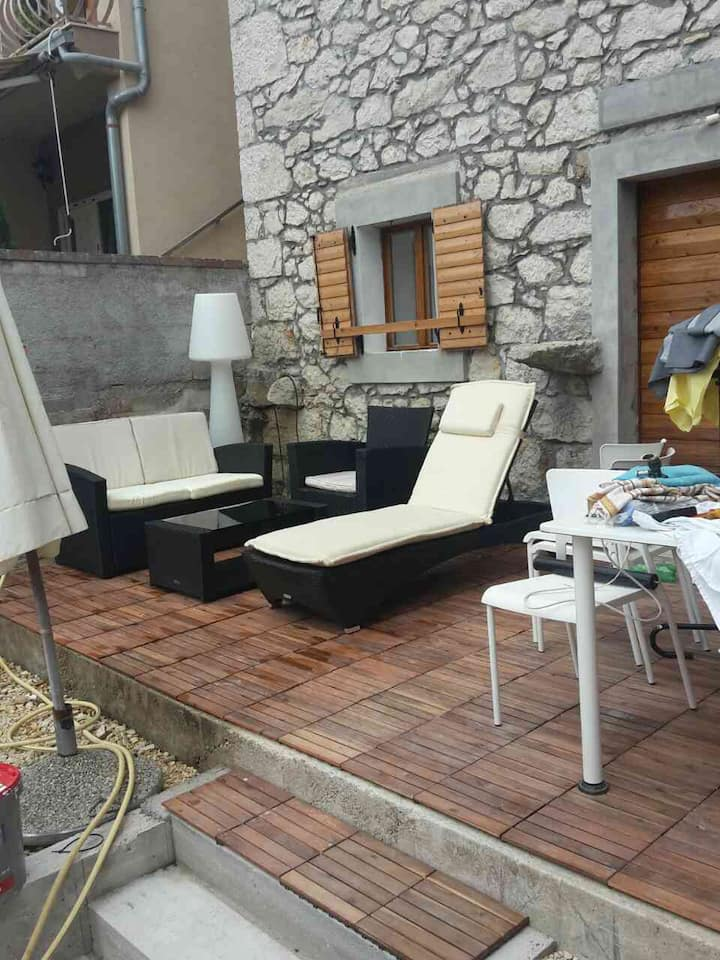Dalmatian style Stone House for rent /5-6 person