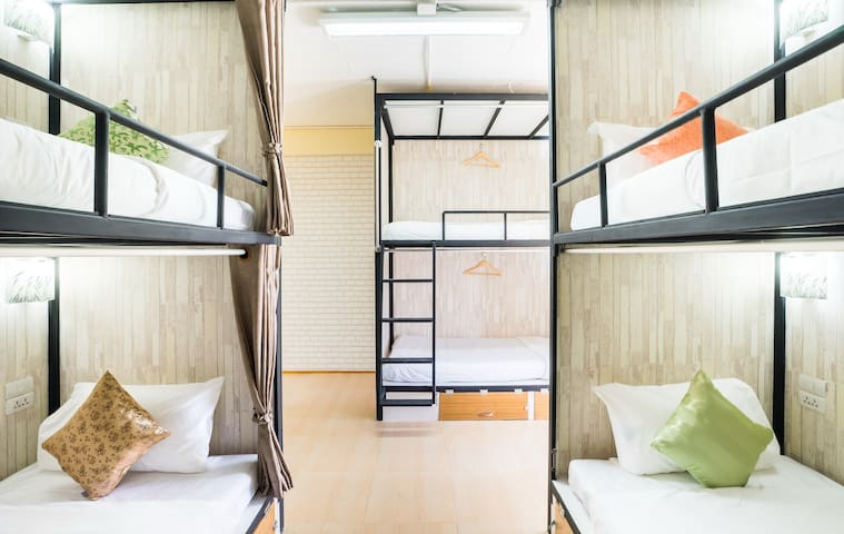 Family 6 pax/2min walk from Thonglor BTS SkyTrain