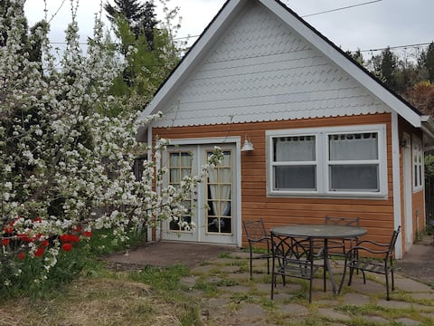 Super clean & quiet Boundary Tiny House