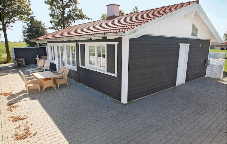 Holiday cottage with 3 bedrooms on 104m² in Aabenraa