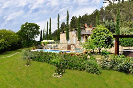 Deal 2016 Tuscany Villa le Capanne with pool - Montecastelli Pisano - Villa