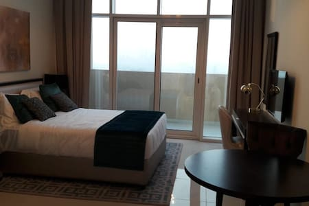 Pleasant Studio Apt. in Jumeirah Village Circle