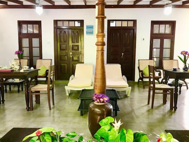 Walauwa The Villa Ahungalla - Luxury Villa