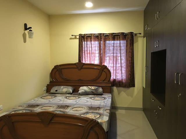 Empire private flat - Bengaluru - Apartment