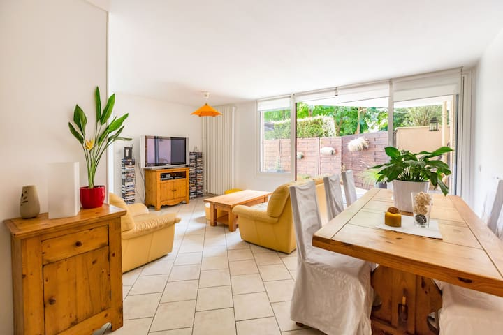 Chambre privée avec petit déjeuner - Champs-sur-Marne - Apartment