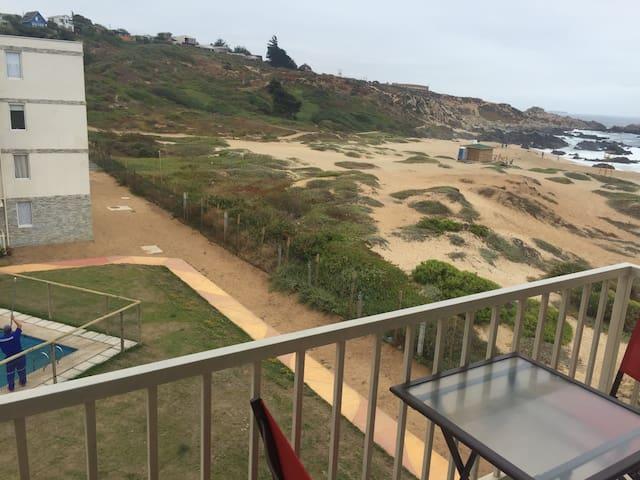 Departamento a 15 metros del Mar - El Tabo - Leilighet