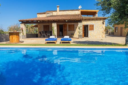Rustic House with Pool in Binissalem - Binissalem - Ev