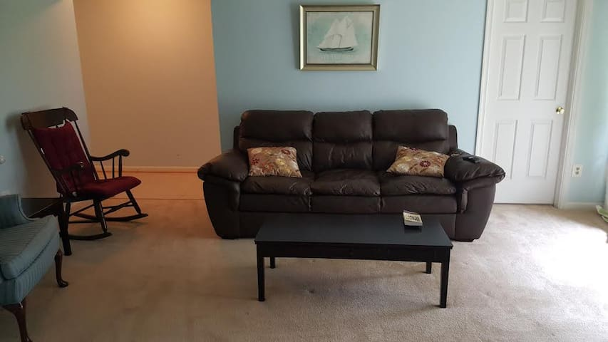 Inauguration Apartment -CLOSE TO DC! - Manassas - Apartment