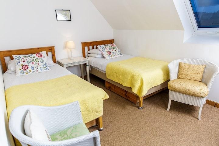 The Schoolhouse (Yellow room)